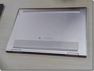 HP Spectre x360のクアッドスピーカー