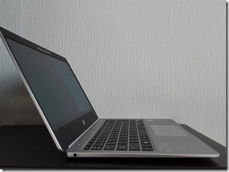 「HP EliteBook Folio G1」の左側面