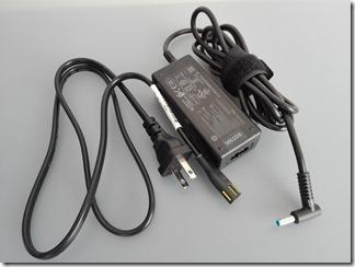 HP EliteBook 820 G3のACアダプタ