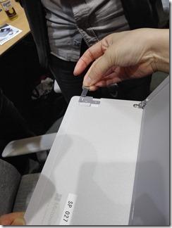 Surface Pro LTE Advanced SIMスロット