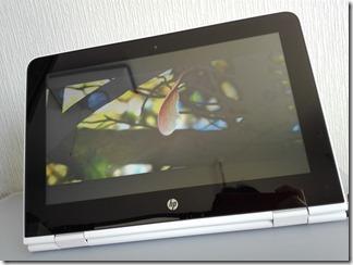 「HP x360 11-ab000」のディスプレイ