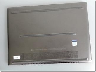 「HP Spectre 13-af000」の底面