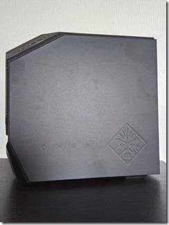 「OMEN by HP Desktop 880-184jp」の側面