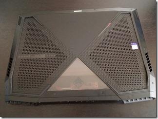 OMEN X by HP 17-ap000シリーズ底面