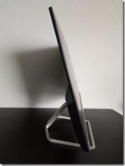 「HP 22f」ディスプレイの側面