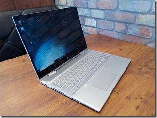 HP ENVY 15 x360ノートブックモード